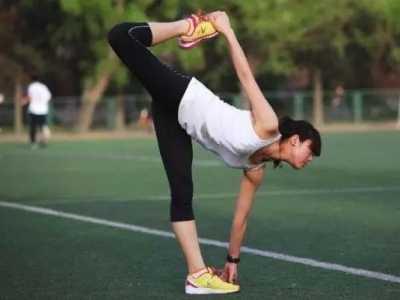 运动后怎样拉伸才不会腿部长肌肉 运动后怎幺防止长肌肉