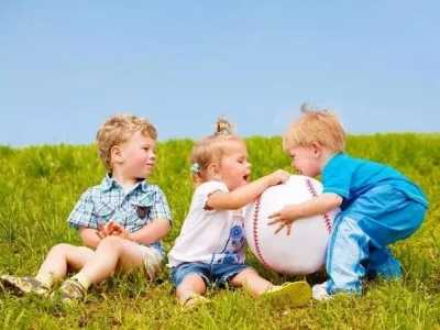 """宝宝智力发育的""""黄金期"""" 四个月宝宝智力发育"""